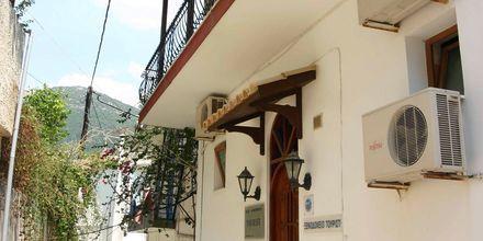 Acropol Tourist i Parga
