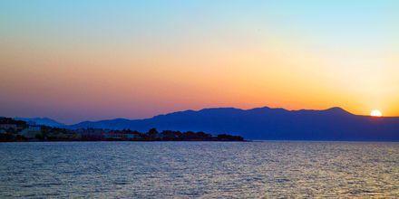 Vakker solnedgang over Agia Marina