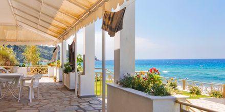Nerides i Agios Gordis på Korfu