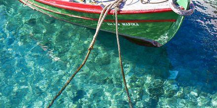 Krystallklart vann i Agios Nikolaos på Kreta