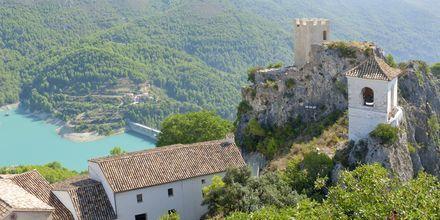 Hyggelige landsbyer å utforske, som Guadalest