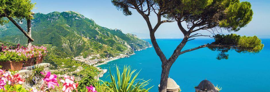Den vakre Amalfikysten i Italia.
