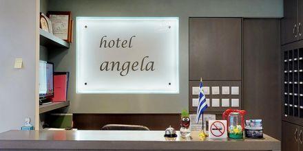 Resepsjonen på hotellet