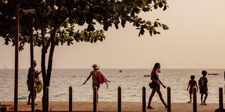 Strandpromenaden i Ao Nang