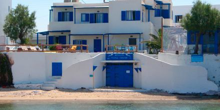 Stranden ved Apollon på Milos i Hellas