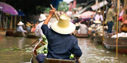 Flytende marked utenfor Bangkok