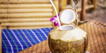 Friske kokosdrikker