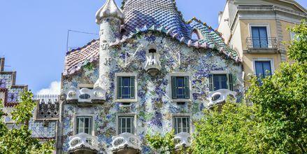 Ett av Gaudís arbeider, Casa Batllo som ligger på aveny Passeig de Gracia.