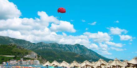 Vannsport i Becici i Montenegro