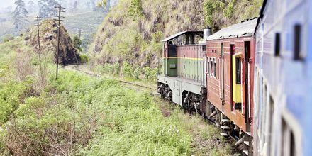 Hikkaduwa ligger ved toglinjen