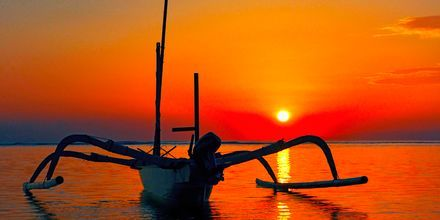 Solnedgang i Candi Dasa