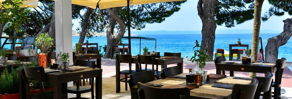 Restauranten ved City Beach i Makarska