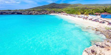 Strendene i Curaçao er enestående - hvit sand og turkist hav. Her er stranden Grote Knip.