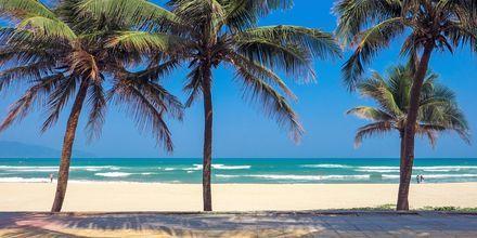 Da Nang ligger langs kysten og har flere koselige sandstrender.