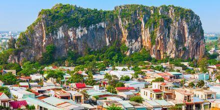 Marble Mountains er en kjede av fem fjelltopper i Da Nang – med grotter og utsiktsplasser.