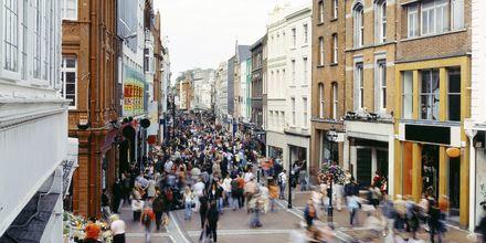 Shoppinggaten Grafton Street i Dublin.