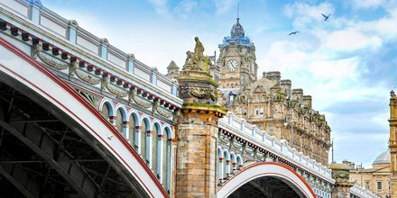 North Bridge i Edinburgh – som kobler sammen den nye og gamle bydelen.