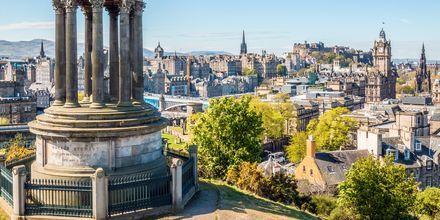 Det finnes en rekke utsiktspunkt i Edinburgh. Her fra Calton Hill.