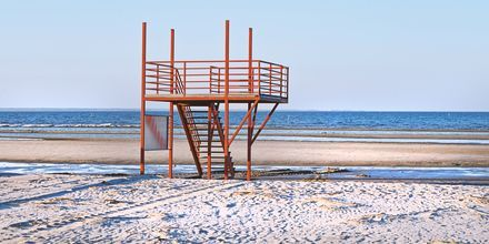 Strand i Pärnu, Estland.