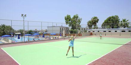 Tennisbanen på hotell EuroNapa i Ayia Napa, Kypros