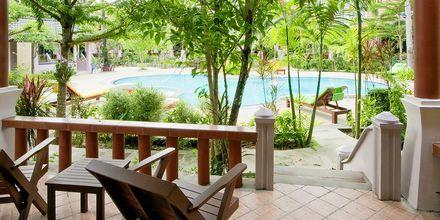 Fanari Khaolak Resort – Courtyard