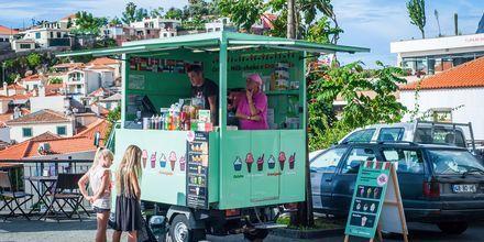 Iskrem-kiosk i Funchal, Madeira i Portugal.