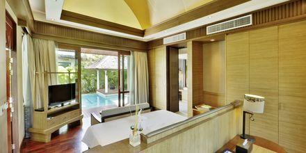 Ettroms villa med eget basseng
