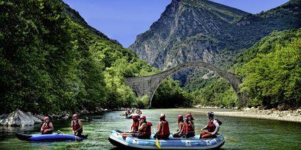 Båttur på Voidomatiselven Zagoria