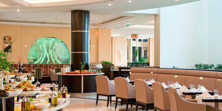 """Restauranten """"Maarid"""" på hotell Hilton Ras Al Khaimah Resort & Spa."""
