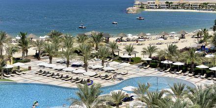 Bassengområdet på Hilton Ras Al Khaimah Resort & Spa.