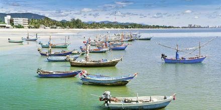 Det er vanlig å se fiskebåter i Hua Hin