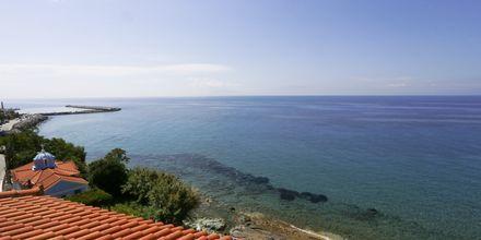 Utsikt fra en av leilighetene på Irini
