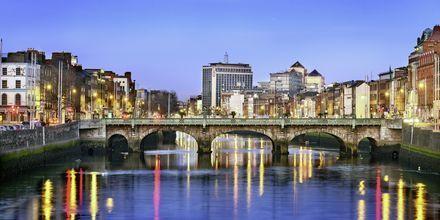 I Dublin renner elven Liffey gjennom byen.