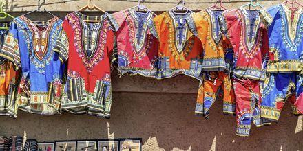 Johannesburg er kjent for å ha mange bra markeder der du kan gjøre bra funn av lokale håndverk.