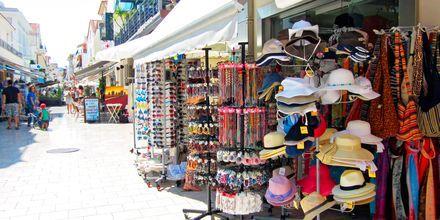 Shopping i Argostoli i Karavados på Kefalonia, Hellas