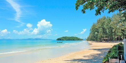 Stranden ved hotell Sheraton Krabi Beach Resort