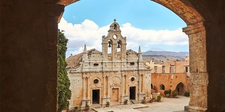 Arkadiklosteret ligger rett utenfor Rethymnon på Kreta