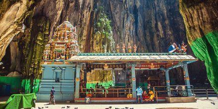 Batugrottene, eller Batu Caves som det heter på malay, er en av de mest heftige severdighetene i Kuala Lumpur.
