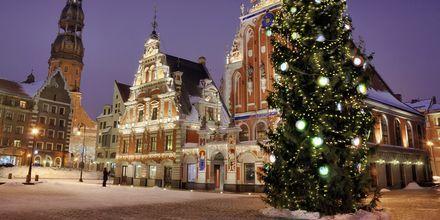 Stemningsfullt på julemarked i Riga, Latvia