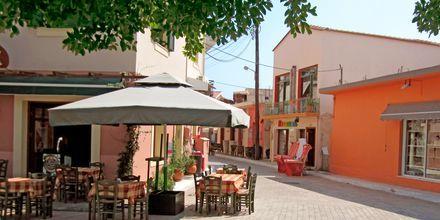 I Lixouri er det er stort utvalg av restauranter og kaféer