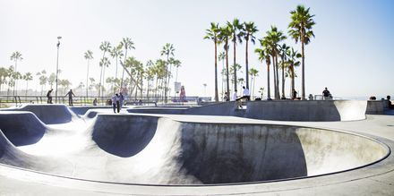 Skatepark ved Venice Beach, Los Angeles.