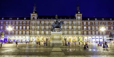 Et av Madrids mest kjente plasser er torget Plaza Mayor.