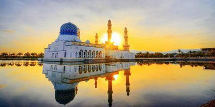 Moskeen i Kota Kinabalu er en populær severdighet i Malaysia.