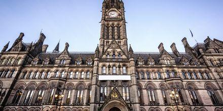 Rådhuset i Manchester er en staselig bygning.