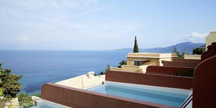 Juniorsuite deluxe med basseng på balkongen