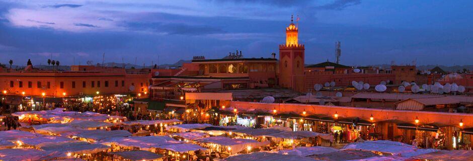 Djemaa el Fna-markedet i Marrakech i Marokko