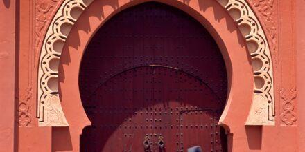 En av portene inn til gamlebyen i Marrakech i Marokko