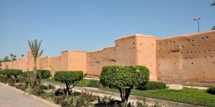 Den gamle bymuren i Marrakech i Marokko
