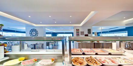 Frokostbuffé på hotell Alexia Premier City i Rhodos by.