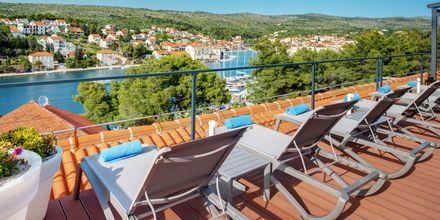Bestill dobbeltrom med delt uteplass og få tilgang til hotellets Club Deck.